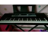 Yamaha YPT-240 Keyboard and Stand