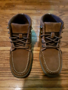 """GH BASS & CO Size 8 """"Boston"""" Brown High Cut Boots BRAND NEW"""