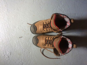 Barely used Dakota work boots