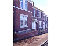 Newly renovated 3 bedroom, first floor flat, King Edward Street, Gateshead, NE8 3PR