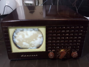 Antique 1948 Admiral model 19A11 Television TV working