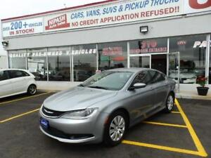2015 Chrysler 200 BLUETOOTH NO ACCIDENTS ONTARIO CAR CERTIFIED