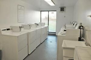 Balcony, on-site laundry: Timmins Bachelor Apartment for Rent