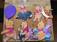 5 Winnie the Pooh foam and 1 Picture decorations