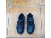 Ladies size 5 black safety shoes