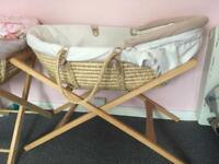 Large Mamas & Papas Moses basket!