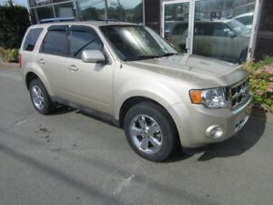 2011 Ford Escape LIMITED AWD WITH CHROME WHEELS