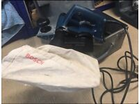 Bosch 240 Volt plane with box and bag. Excellent condition