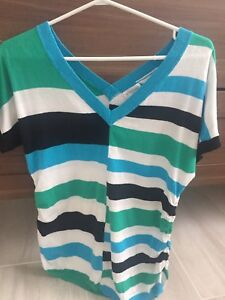 Maternity tops Xs and small
