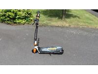 Zinc Volt 120 Electric Scooter- Orange/White/Black- With Charger- Ex Display- Collect or Post £12