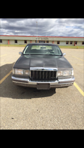 Lincoln Town Car in Great Condition