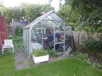 10 x 8 GREENHOUSE FOR SALE...ALUMINIUM FRAME