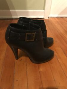 Black booties  (or ankle boots)