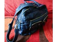 Navy OiOi Changing Bag