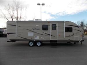 2017 FOREST RIVER SHASTA OASIS 26DB TRAVEL TRAILER