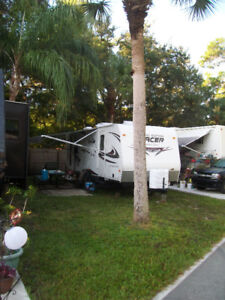 Tracer Executive Series 2600 Travel Trailer
