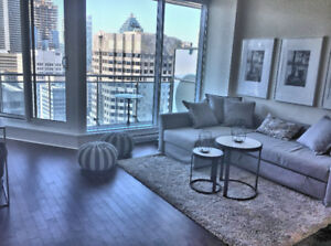 Downtown Luxury 1BDRM Views + Balcony + Parking +24H Security