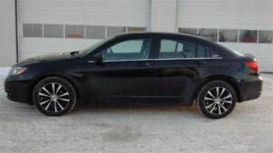 2013 Chrysler 200 S S