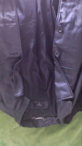 Mens brogue leather jacket says medium but fits like a lg/xlg