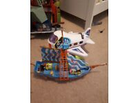 Spongebob square pants pirate ship with chad valley plane