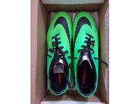 Mens Football Boots Size 5 to 8