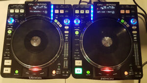 Denon DJ DN-S3700 - pair of turntables