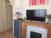 FOR STUDENTS: 4 Double rooms on Jessie Road for rent