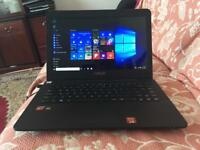 Asus X545wa quadcore 8GB Ram win10 laptop