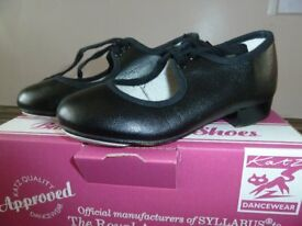 Kids Tap Shoes, Black, Child's Size 8. £5, Farnham.