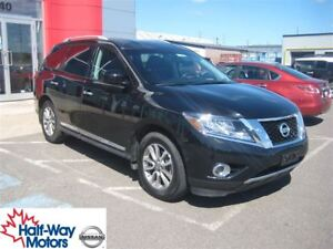 2015 Nissan Pathfinder SL | Perfect for Families!