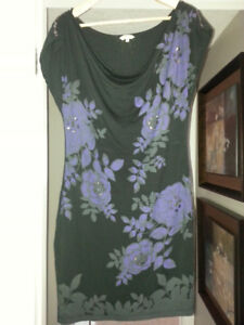 Floral Print Black and Purple Comfy Dress