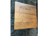Solid oak table excellent condition
