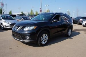 2015 Nissan Rogue SV ALL WHEEL DRIVE Accident Free,  Heated Seat