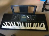 Yamaha PSR E333 touch sensitive, like new