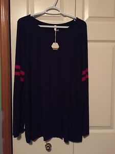 XL Maternity Clothing