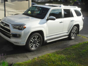 2014 Toyota 4Runner Limited, 7  Seats (+Carproof)