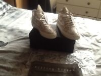 Mens limited edition filling pieces shoes size 9