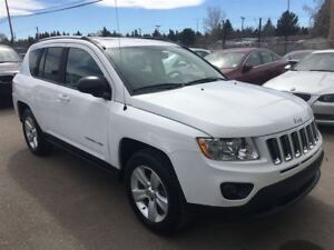 2011 Jeep Compass NORTH EDITION/ 5 SPEED/ 2.4