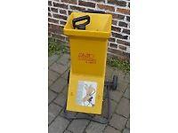 ALKO H1600R electric garden shredder