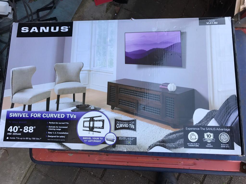"SANUS VLC1-B2 Curved TV Swivel Mount for 40""-88"" Vesa 400x400 & 400x600"