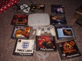 PS1 SLIM WITH GAMES DUKE NUKEM AND MORE