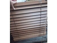 Fitted wooden blinds