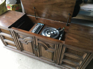 Antique stereo