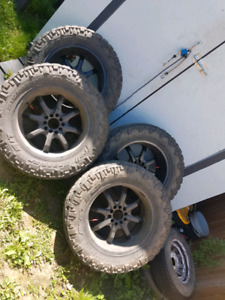 Dodge 1500 tires and rims
