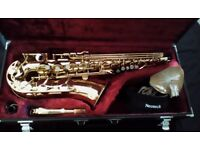 Yamaha YAS-25 Alto Saxophone with case and accessories