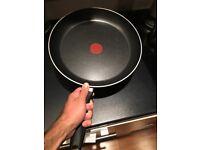 Big Tefal pan