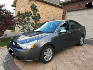 2010 Ford Focus SE - Low Kms