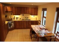 2 bedroom house to rent 3-6-9 month let available