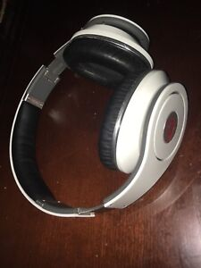 Beats By Dre Studio Headphones White