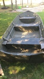 14 foot Smoker Craft hunting/fishing boat